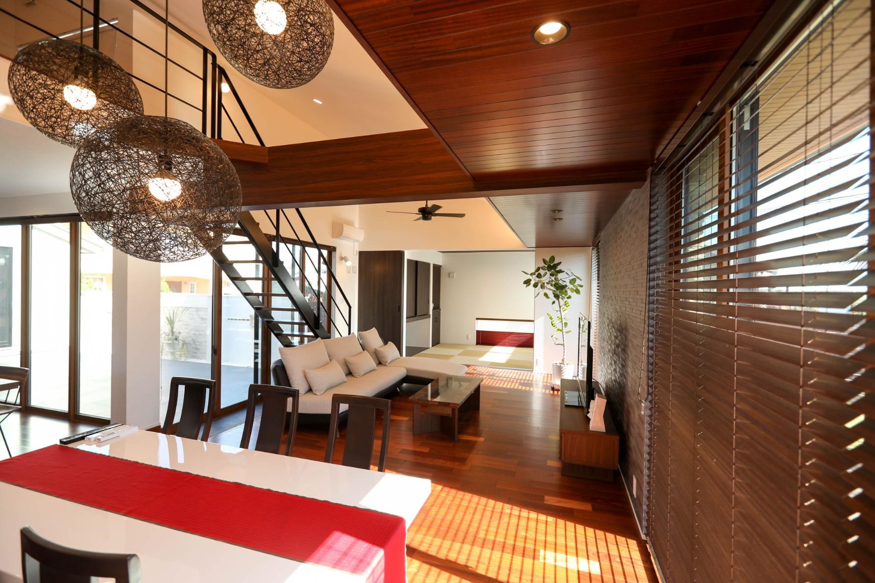 バリ島のリゾートホテル風!おしゃれなアジアン系インテリア空間をつくるポイントまとめ